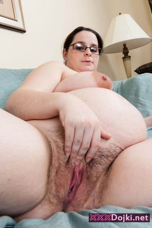 Lisa Minxx - Pregnant Amateurs 9, Scene 7 (SD)